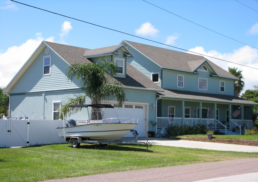 Basque House (1) – Siding Industries Crescent Beach FL