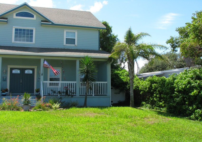 Basque House (25) – Siding Industries Crescent Beach FL