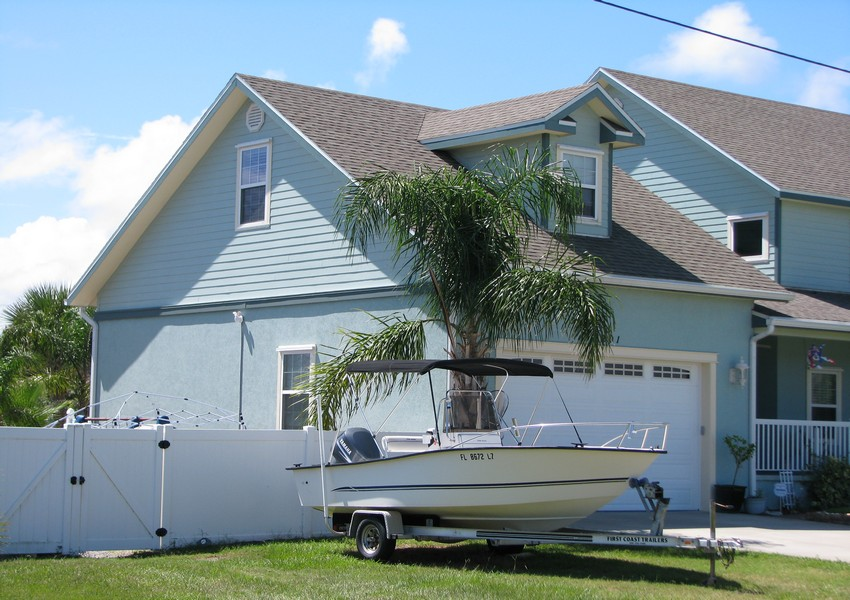 Basque House (3) – Siding Industries Crescent Beach FL