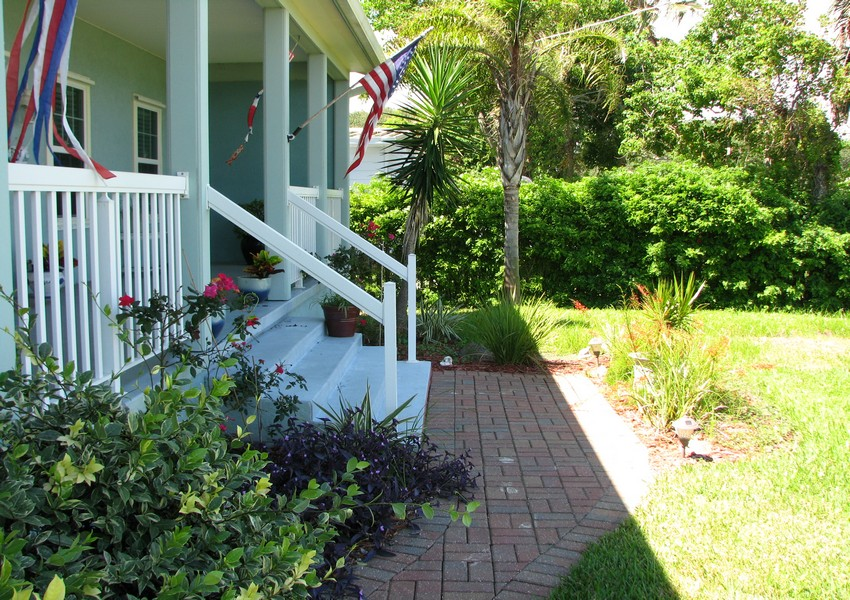 Basque House (31) – Siding Industries Crescent Beach FL