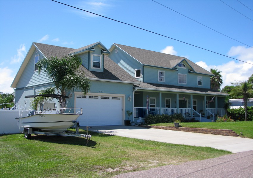 Basque House (4) – Siding Industries Crescent Beach FL