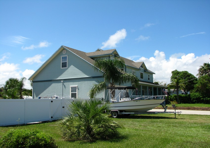 Basque House (43) – Siding Industries Crescent Beach FL