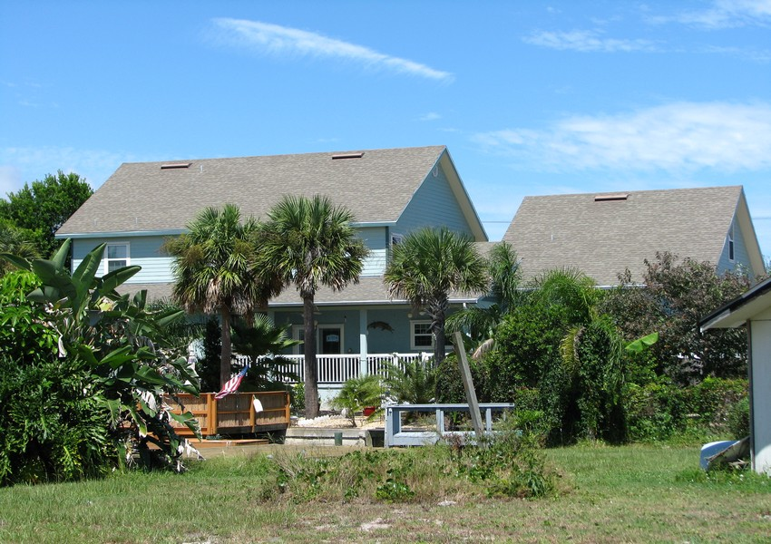 Basque House (49) – Siding Industries Crescent Beach FL