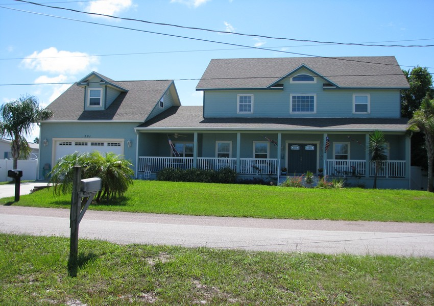 Basque House (5) – Siding Industries Crecent Beach FL