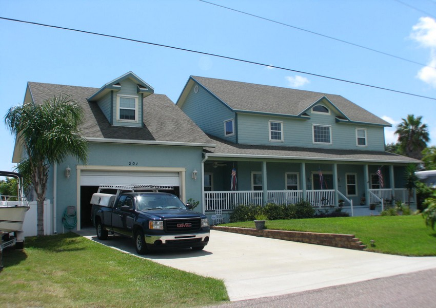 Basque House (53) – Siding Industries Crescent Beach FL