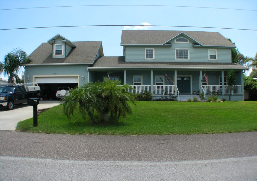 Basque House (56) – Siding Industries Crescent Beach FL