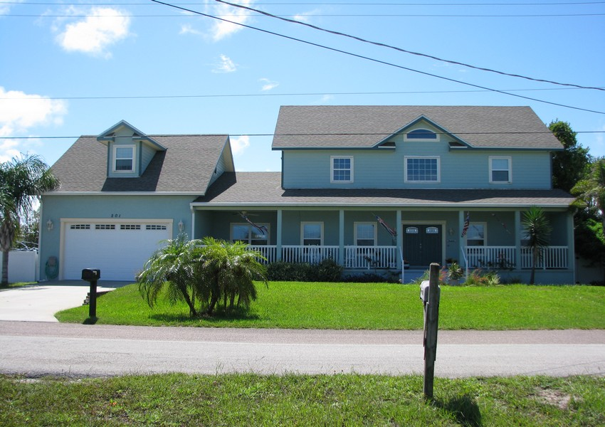 Basque House (6) – Siding Industries Crescent Beach FL