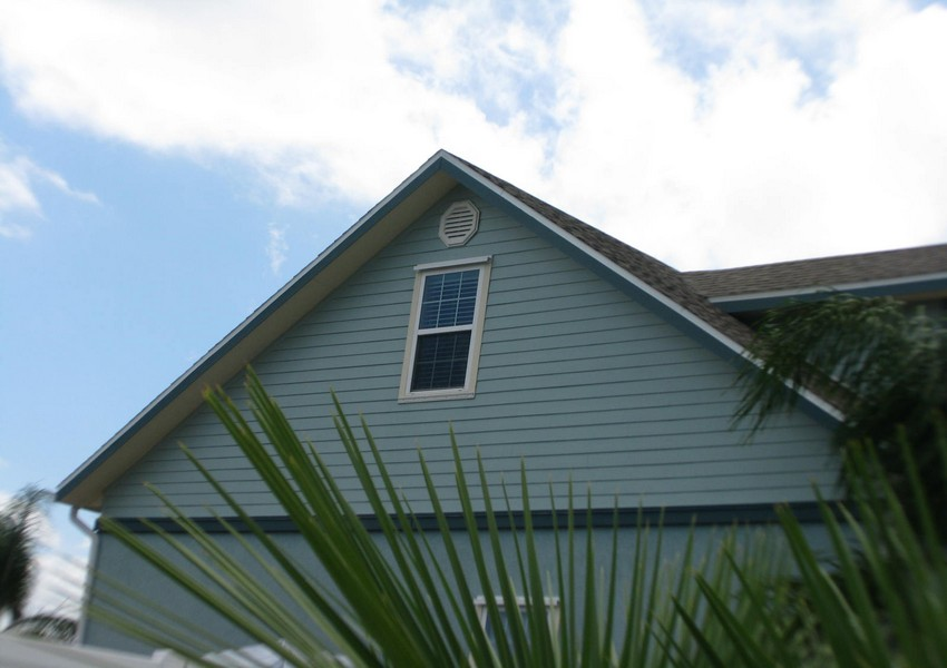 Basque House (77) – Siding Industries Crescent Beach FL
