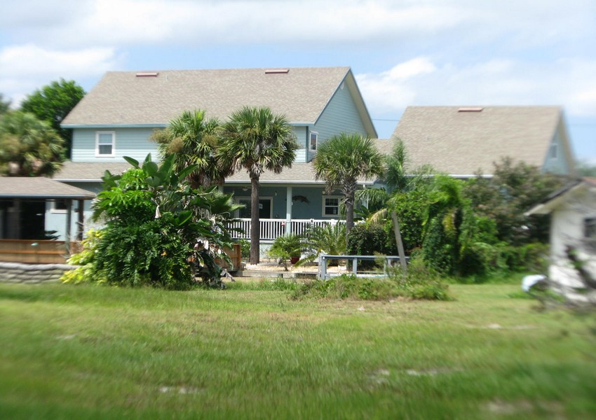 Basque House (79) – Siding Industries Crescent Beach FL