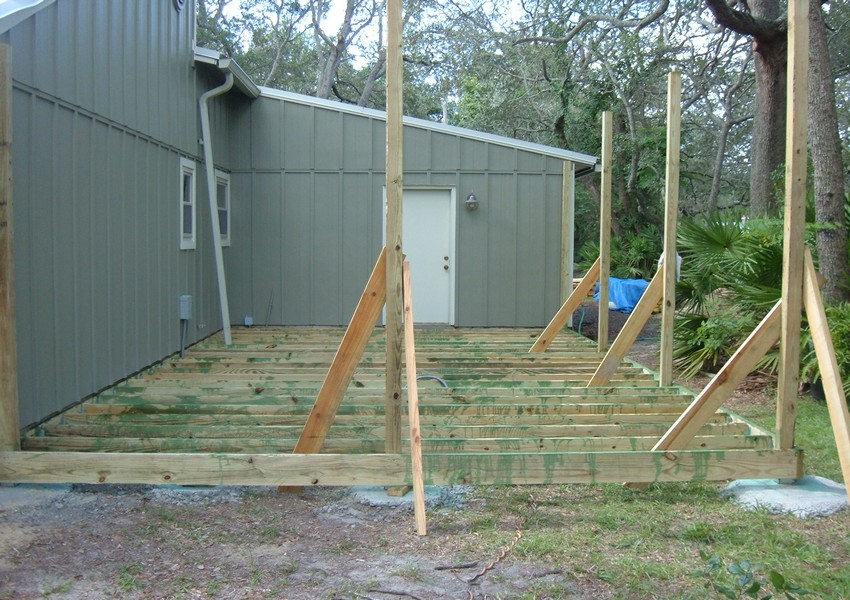 Crockett Deck (6) – Siding Industries St. Augustine