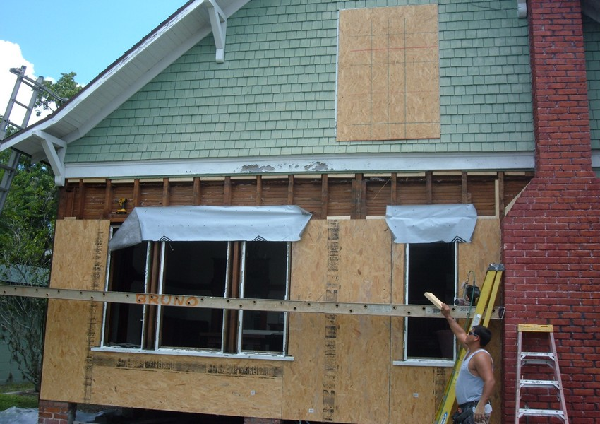 Holden House Before (13) – Siding Industries St. Augustine