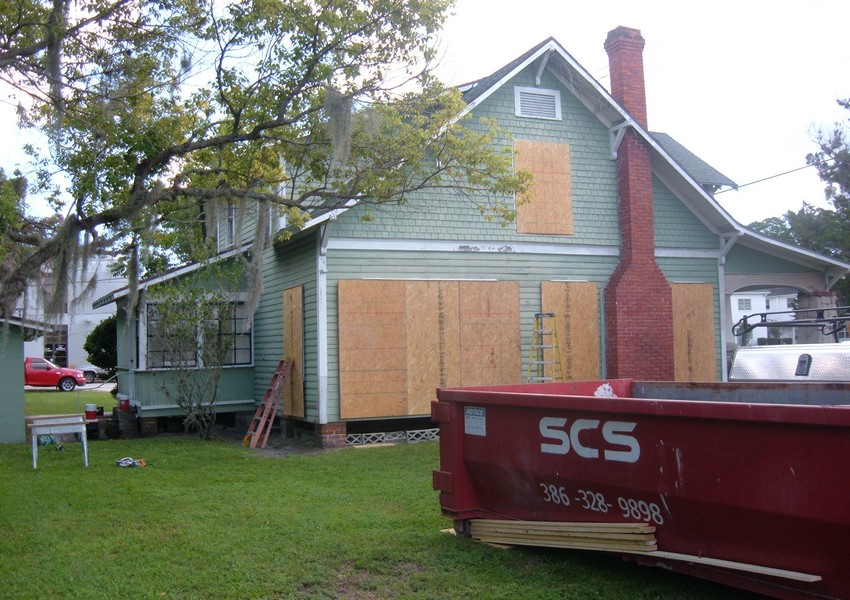 Holden House Before (16) – Siding Industries St. Augustine