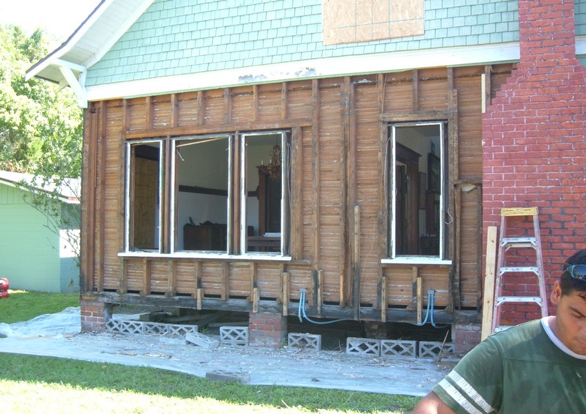 Holden House Before (9) – Siding Industries St. Augustine