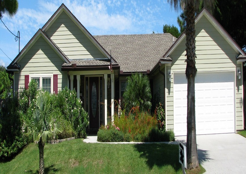 Majorca Treasure (slider) – Siding Industries Butler Beach, FL