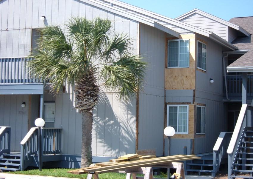 Ocean Marina Condos (16) – Siding Industries St. Augustine