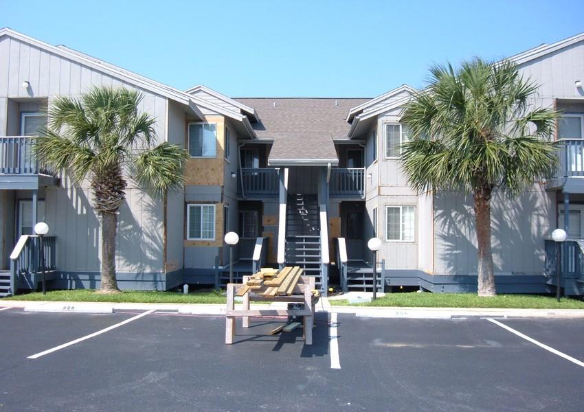 Ocean Marina Condos (17) – Siding Industries St. Augustine
